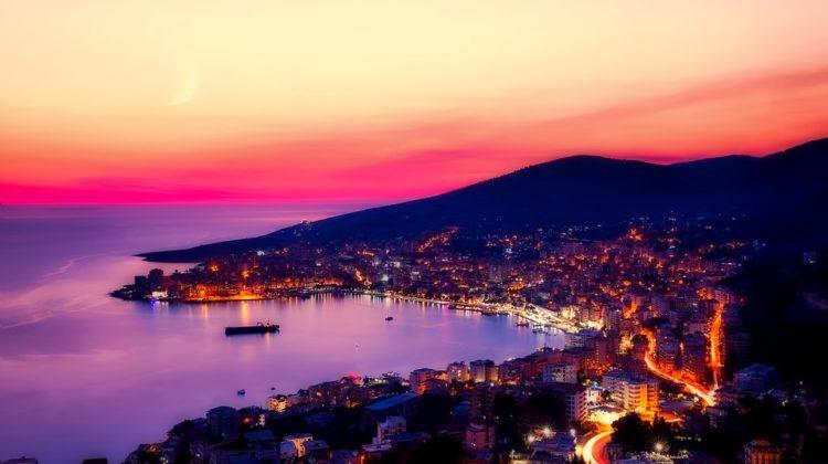 zatoka Sarandy w Albanii